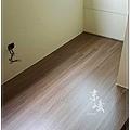 大浮雕系列-金鑽橡-南崁-陽台外推傳架-海島超耐磨  (8).jpg