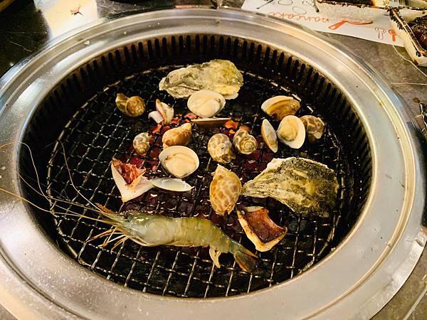 蟹飽王帝王蟹泰國蝦燒烤火鍋吃到飽_200529_0003.jpg