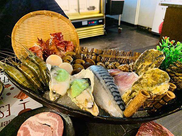蟹飽王帝王蟹泰國蝦燒烤火鍋吃到飽_200529_0017.jpg