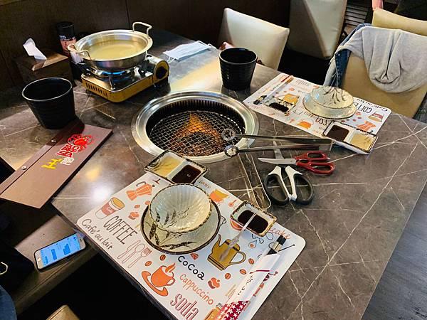 蟹飽王帝王蟹泰國蝦燒烤火鍋吃到飽_200529_0029.jpg