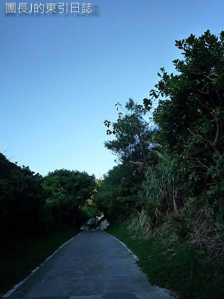 獅子村小徑,只有五米寬的巷道