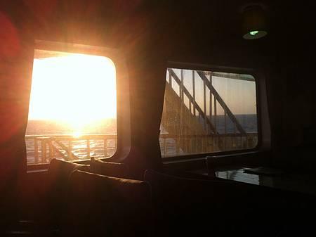 退伍返台的夕陽…
