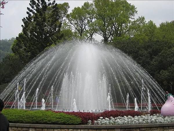 噴水池照.jpg