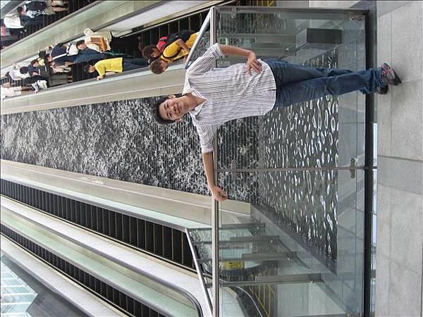 噴水樓梯小風照_000.jpg