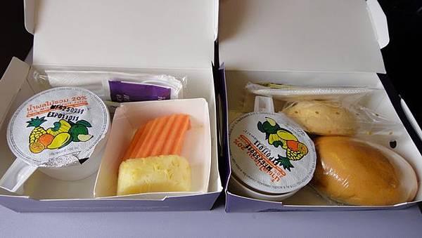 清邁到曼谷的餐盒
