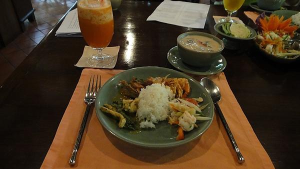 Baan Khanitha Thai Cuisine-13