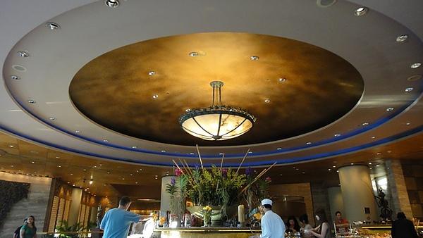餐廳的屋頂