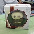 Haku去上海事博幫我買的貓熊巧克力 謝摟