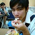 鮪魚沙拉還不錯吃