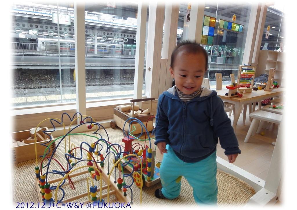 12.30 JR駅第一月台12
