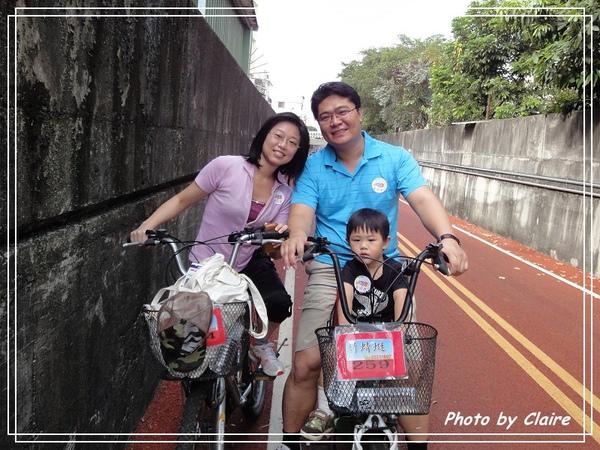 2010.10.24騎車趣.jpg