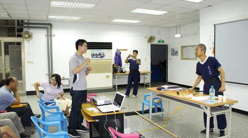 2011.07開班[調]01.jpg