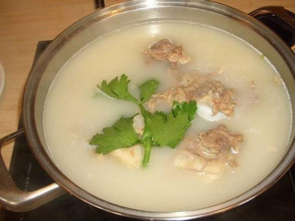 大骨補鈣湯