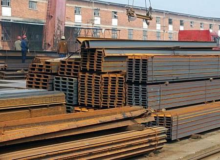 中國鋼鐵日產量創空前新高!全球鋼鐵業剉著等_02