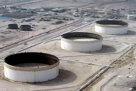 世界油價持續走弱