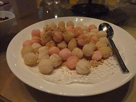 北部喜宴必有「炸湯圓」 南部賓客問:這也算一道菜?