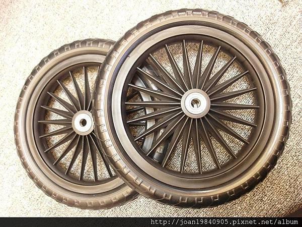 英雄聯盟滑步車輪胎