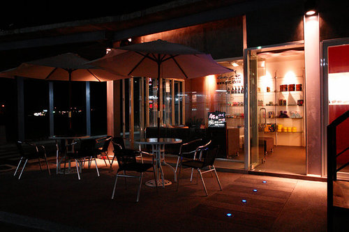 中庭咖啡廳休息區.3.jpg