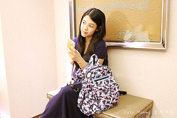 OLiK OK包 SORA迷彩 後背包拉鍊款 寶貝系列小童包 紫色彩虹軟糖0.jpg