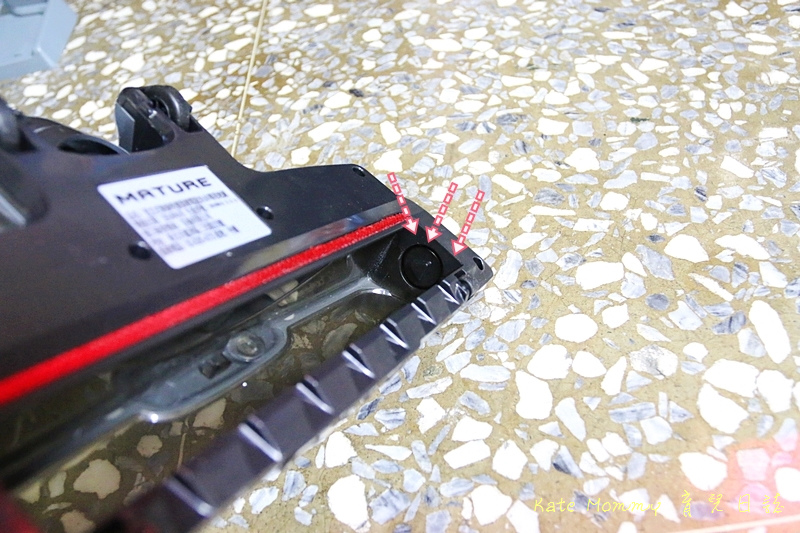 MATURE美萃 直立式無線吸塵器鋰電版 手持式吸塵器推薦42.jpg