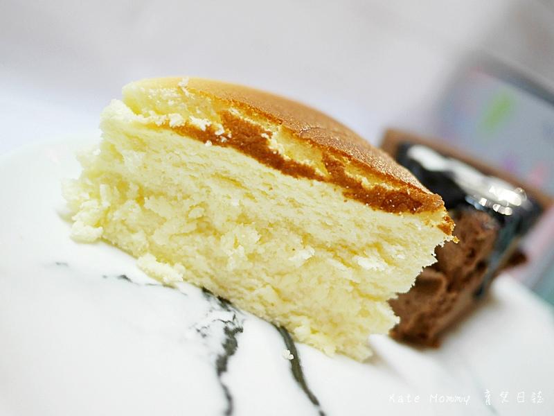 台中微甜森林 彌月蛋糕選擇 彌月蛋糕推薦 輕乳酪蛋糕 香蕉巧克力甜心蛋糕 雪燒12.jpg