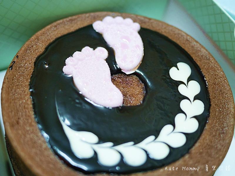 台中微甜森林 彌月蛋糕選擇 彌月蛋糕推薦 輕乳酪蛋糕 香蕉巧克力甜心蛋糕 雪燒19.jpg