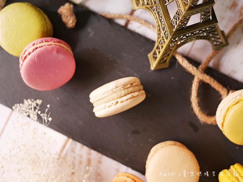 HABIBI Macaron HABIBI馬卡龍 好吃馬卡龍推薦 不甜膩馬卡龍 法國人開的馬卡龍14香草馬卡龍.jpg