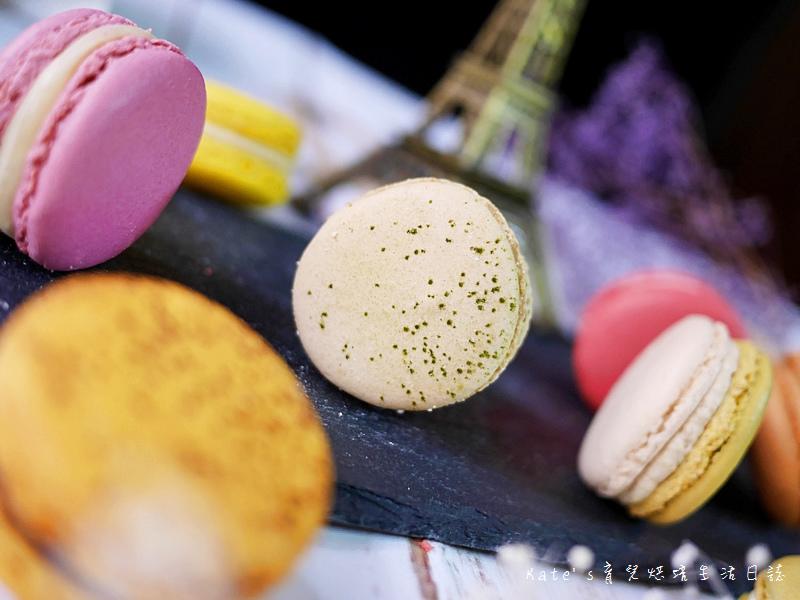 HABIBI Macaron HABIBI馬卡龍 好吃馬卡龍推薦 不甜膩馬卡龍 法國人開的馬卡龍24抹茶馬卡龍.jpg