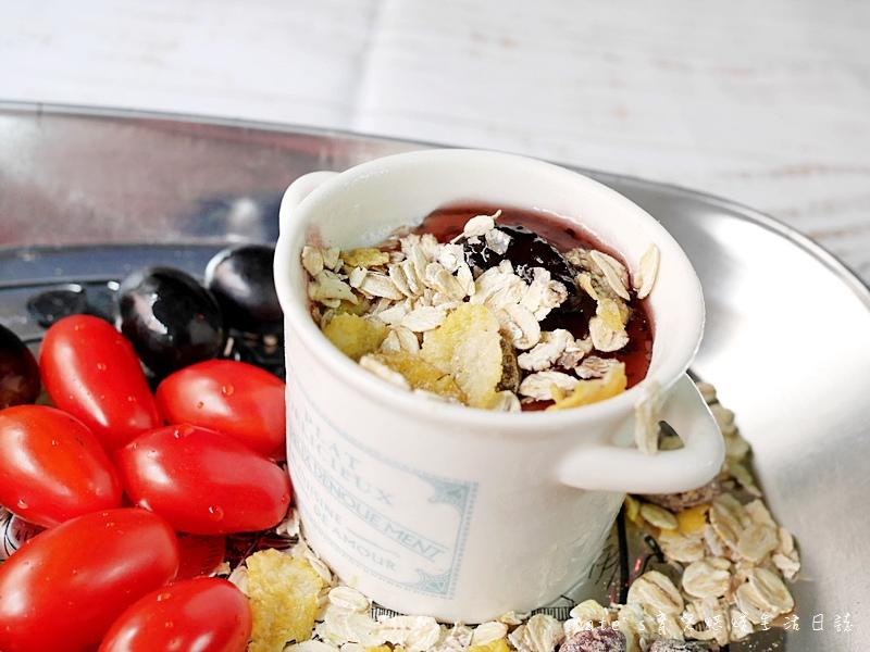 青荷愛有機 一起吃有機 米森麥片 麥片推薦 米森有機麥片 有機水果覆盆莓麥片 有機核桃蔓越莓麥片 有機腰果巧克力麥片 有機巧克力穀脆餅38.jpg