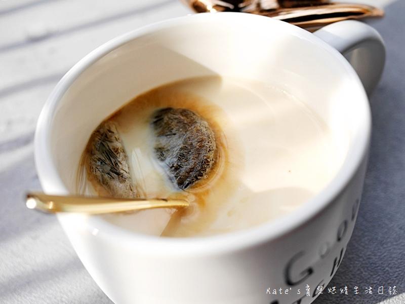 哈囉咖啡冰磚 HELLCOFFEE冰磚 哈囉咖啡好喝嗎 哈囉咖啡值得入手嗎 即冲即飲 咖啡冰磚推薦29.jpg