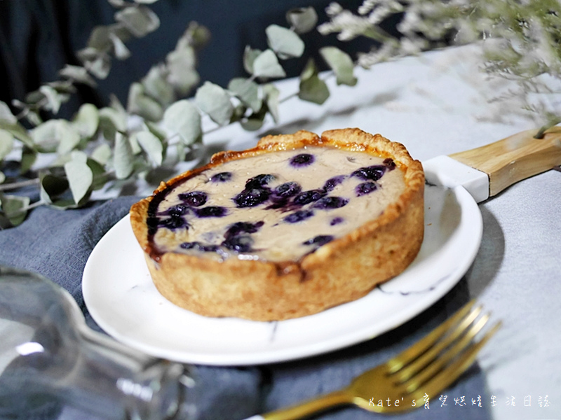 鐵塔牌優格好吃嗎 鐵塔牌無鹽奶油 鐵塔牌鮮奶油 藍莓優格 藍莓優格布蕾派 派皮作法 布蕾派食譜30.jpg