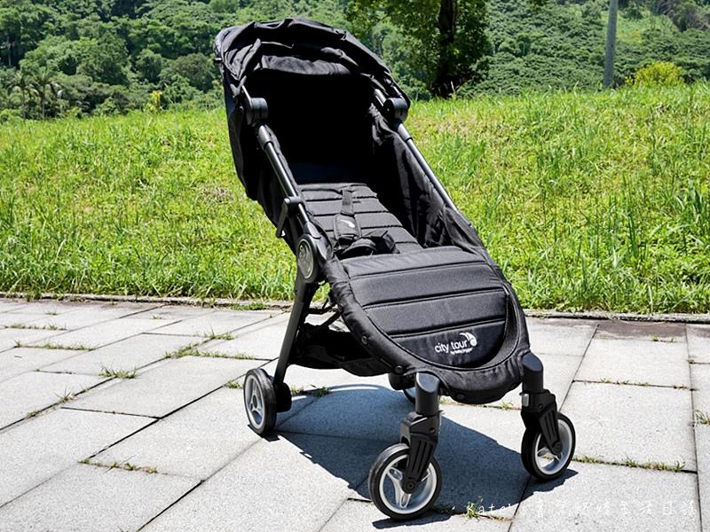 美國baby jogger city tour C形旋風輕量旅行車 單手秒開推車 嬰兒推車推薦 選擇嬰兒推車 好收納嬰兒推車7.jpg