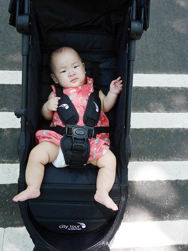 美國baby jogger city tour C形旋風輕量旅行車 單手秒開推車 嬰兒推車推薦 選擇嬰兒推車 好收納嬰兒推車29.jpg