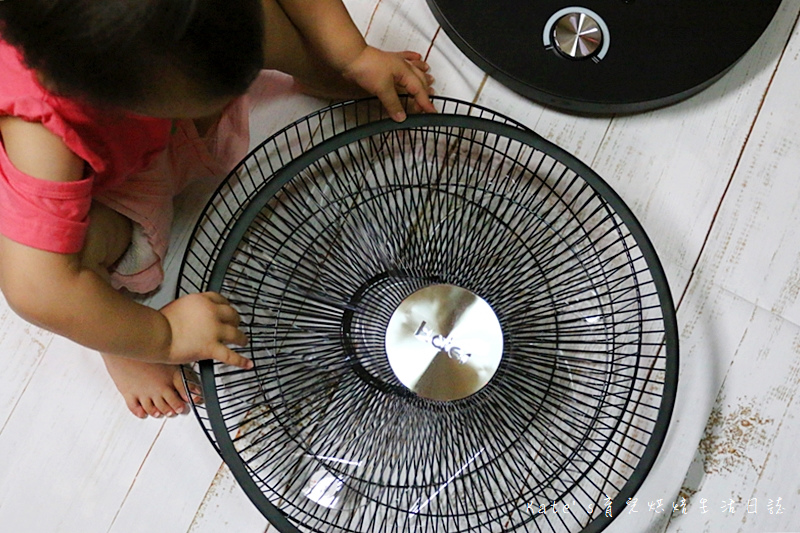 Haier14吋DC經典霧面黑風扇  Haier14吋DC直流變頻微電腦立扇 群光電子電風扇評價 海爾風扇好用嗎 省電電扇推薦 七片扇葉 12段風速 ECO溫感 可預約定時的電風扇24.jpg