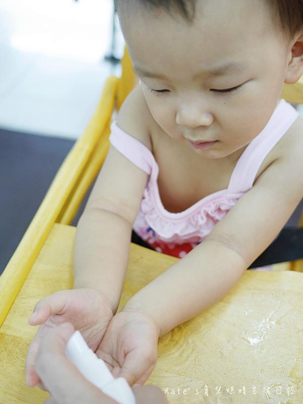 歐克靈次氯酸水製造機 次氯酸水自己做 消毒水自己做 居家衛生清潔使用 乾洗手 清洗玩具的消毒水 寵物除臭 蔬果殺菌66.jpg