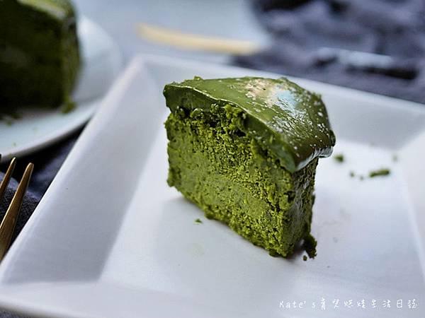 起士公爵 靜岡熔岩抹茶布朗尼 彌月蛋糕試吃 彌月蛋糕推薦 彌月蛋糕選擇 起士公爵彌月蛋糕 起士公爵蛋糕好吃嗎13.jpg