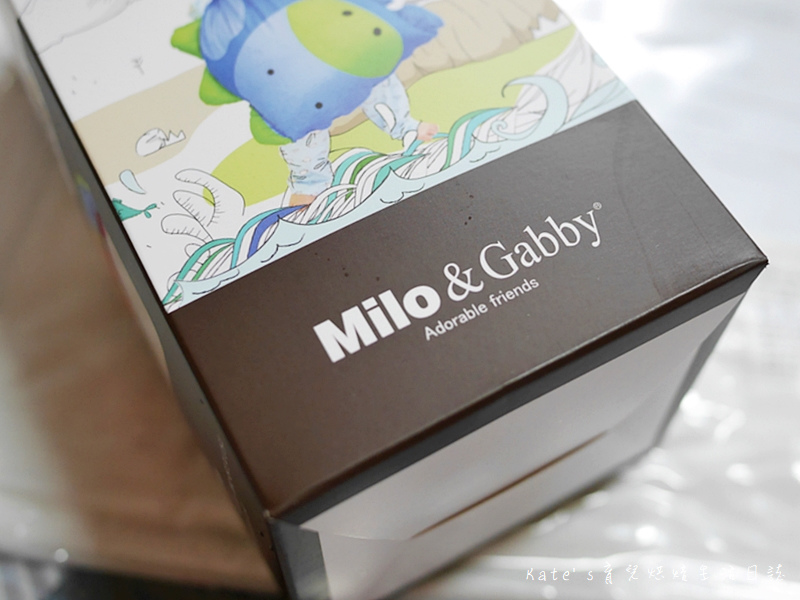 Milo & Gabby超柔軟mini防蟎天絲枕 美國Milo&Gabby幼寢專家 嬰幼兒枕頭推薦 防蟎枕頭 寶寶寢具推薦 寶寶枕頭選擇6.jpg
