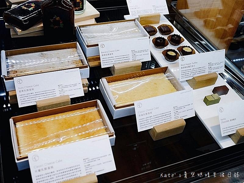 絹絲谷手作乳酪蛋糕 絹絲谷手工巧克力 絹絲谷手工甜點 絹絲谷甜點好吃嗎 貴婦百貨甜點 信義區甜點4.jpg