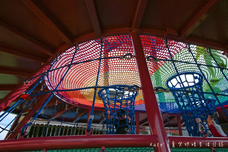 樹林東昇公園 星際探險主題公園 新北市主題公園 東昇公園有什麼 外星人造型立體攀爬網21.jpg