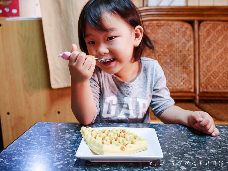伊瑪 三盤鬆餅三明治甜甜圈機 IW-733 鬆餅機推薦 平價鬆餅機 伊瑪鬆餅機好用嗎 鬆餅機食譜 鬆餅機功用30.jpg