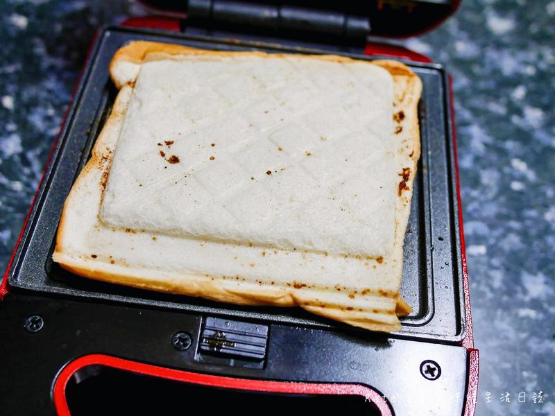 伊瑪 三盤鬆餅三明治甜甜圈機 IW-733 鬆餅機推薦 平價鬆餅機 伊瑪鬆餅機好用嗎 鬆餅機食譜 鬆餅機功用45.jpg