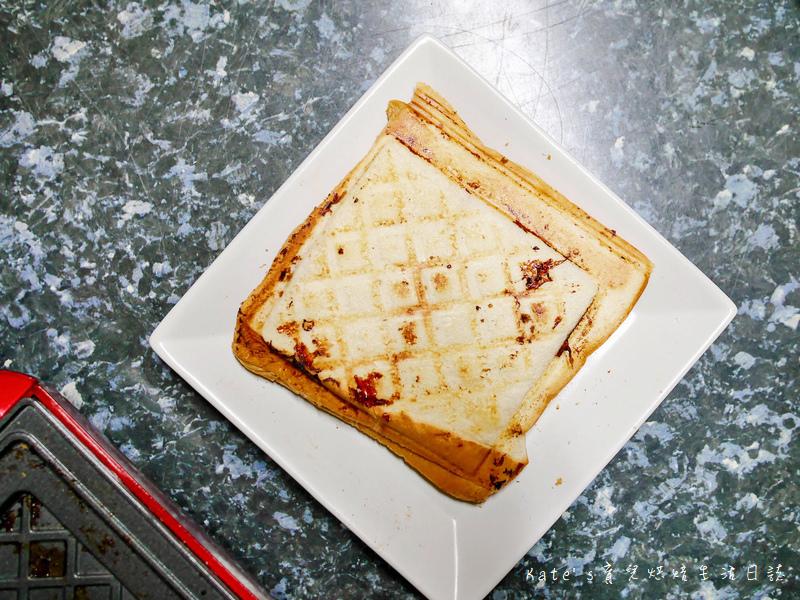 伊瑪 三盤鬆餅三明治甜甜圈機 IW-733 鬆餅機推薦 平價鬆餅機 伊瑪鬆餅機好用嗎 鬆餅機食譜 鬆餅機功用46.jpg