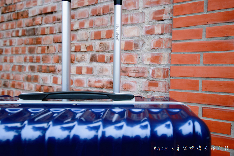 NaSaDen 納莎登 海德堡系列 28吋100%純PC超輕量箱體 純PC材質行李箱 NaSaDen海德堡 海德堡系列行李箱好用嗎 NaSaDen 納莎登 海德堡行李箱好推嗎 德國NaSaDen雪佛包19.jpg