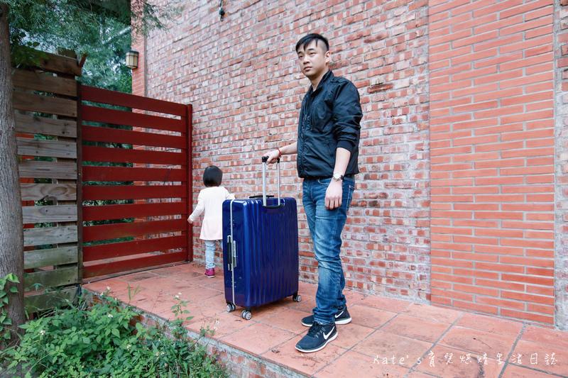 NaSaDen 納莎登 海德堡系列 28吋100%純PC超輕量箱體 純PC材質行李箱 NaSaDen海德堡 海德堡系列行李箱好用嗎 NaSaDen 納莎登 海德堡行李箱好推嗎 德國NaSaDen雪佛包41.jpg