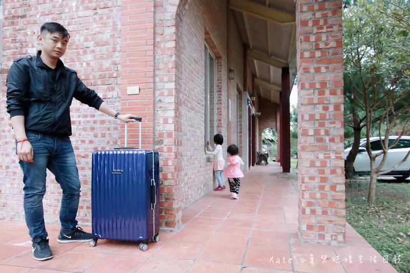 NaSaDen 納莎登 海德堡系列 28吋100%純PC超輕量箱體 純PC材質行李箱 NaSaDen海德堡 海德堡系列行李箱好用嗎 NaSaDen 納莎登 海德堡行李箱好推嗎 德國NaSaDen雪佛包44.jpg