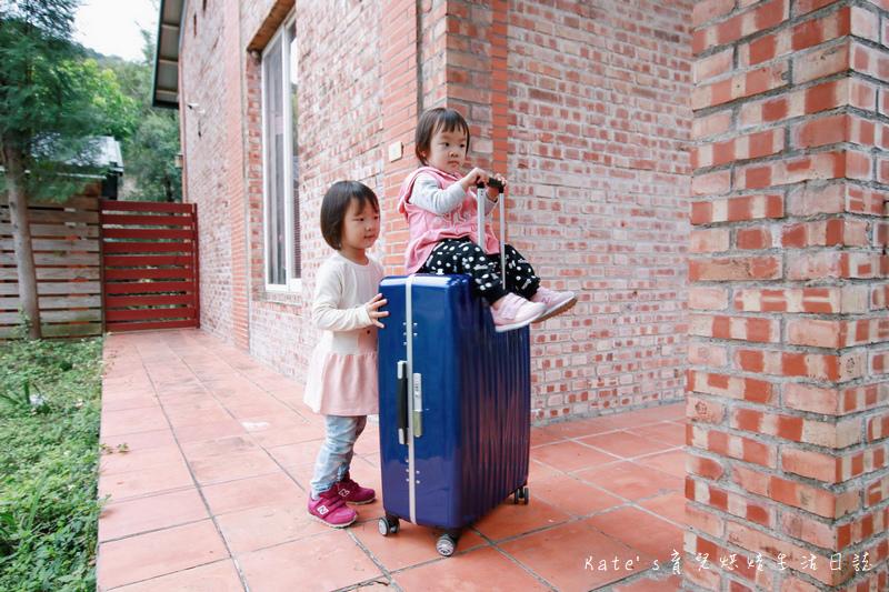 NaSaDen 納莎登 海德堡系列 28吋100%純PC超輕量箱體 純PC材質行李箱 NaSaDen海德堡 海德堡系列行李箱好用嗎 NaSaDen 納莎登 海德堡行李箱好推嗎 德國NaSaDen雪佛包47.jpg
