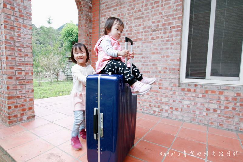 NaSaDen 納莎登 海德堡系列 28吋100%純PC超輕量箱體 純PC材質行李箱 NaSaDen海德堡 海德堡系列行李箱好用嗎 NaSaDen 納莎登 海德堡行李箱好推嗎 德國NaSaDen雪佛包48.jpg