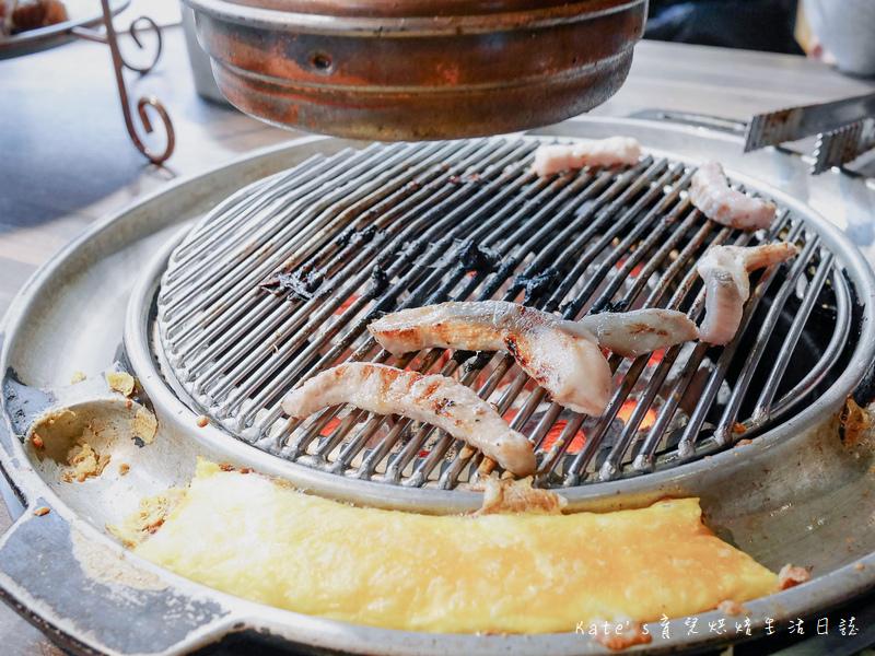 西門町韓式烤肉吃到飽 西門町肉倉韓式烤肉吃到飽 台北韓式燒烤 台北韓式燒肉 台北韓國烤肉 西門町燒烤吃到飽68.jpg