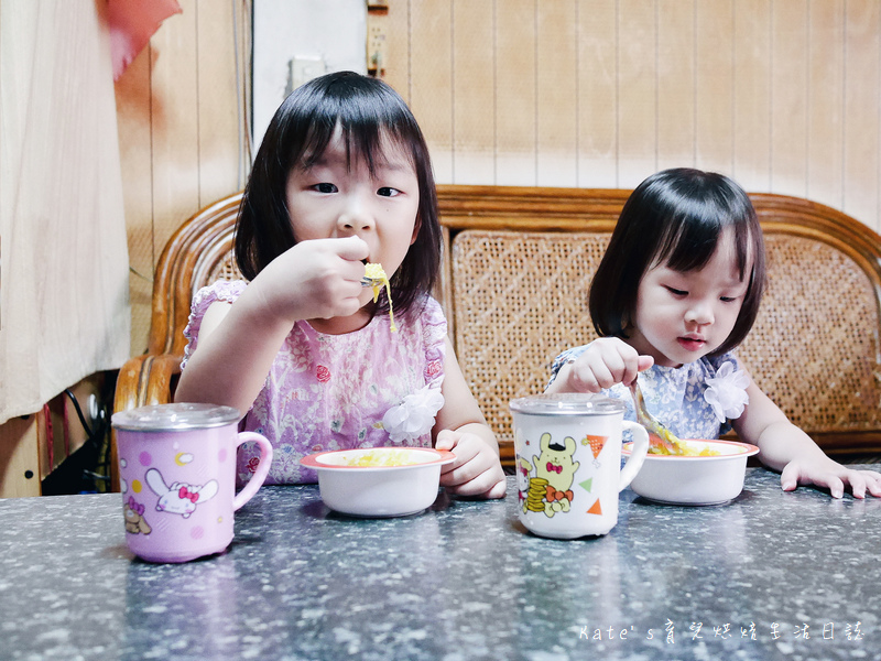 水娃娃童裝 韓國童裝 開學用品購買 畢業洋裝選擇 網拍韓國童裝 網路買童裝 水娃娃童裝品質 網拍韓貨44.jpg