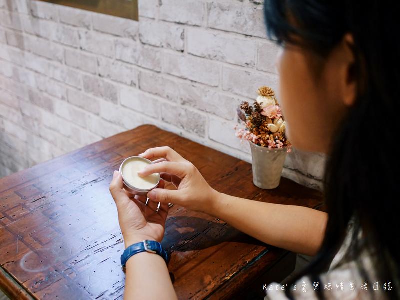 Cindora馨朵拉 馨朵拉植愉滋潤修護膏 馨朵拉好用嗎 植愉滋潤修護膏 馨朵拉護手 紫金堂聯名品牌4.jpg